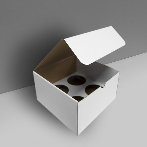 Cardboard box display with insert and cover - white